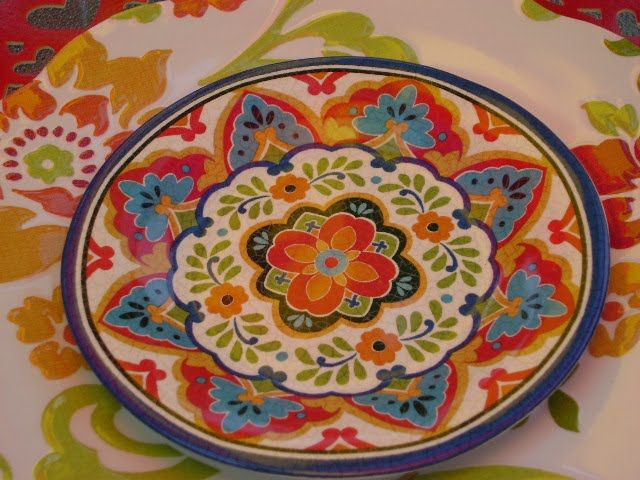 Better Homes And Gardens Plates, Colorful Design, Coordinate With Solid  Color Sides.