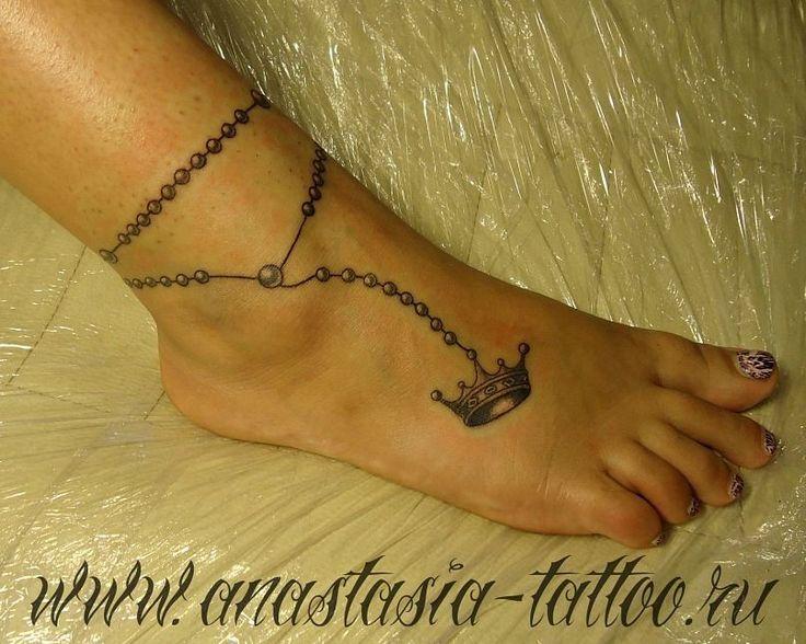 редактор фотографий фото тату в виде цепочки на ноге подобранный фон привлекает