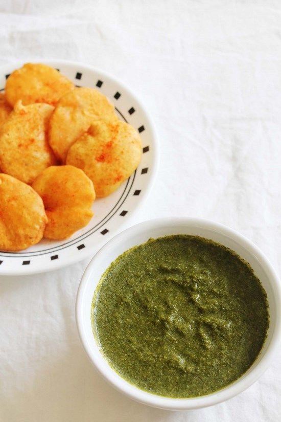 Mint Chutney Recipe – Pudina chutney for pakora  #mintrecipe #chutney #chutneyrecipes #mint #greenchutney #indianrecipes #indianfood