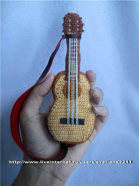 Cuatro patrones gratis amigurumi de guitarra, para el A pedido 34 – amigurumis y más