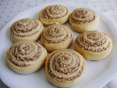 Schneckennudeln mit Nussfüllung, ein leckeres Rezept aus der Kategorie Kuchen. Bewertungen: 99. Durchschnitt: Ø 4,7.