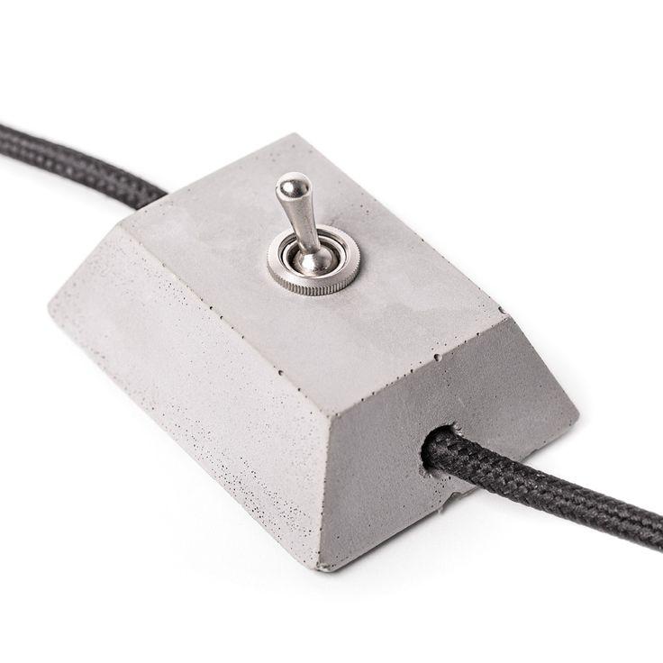 Concrete light switch | Lichtschakelaar van beton