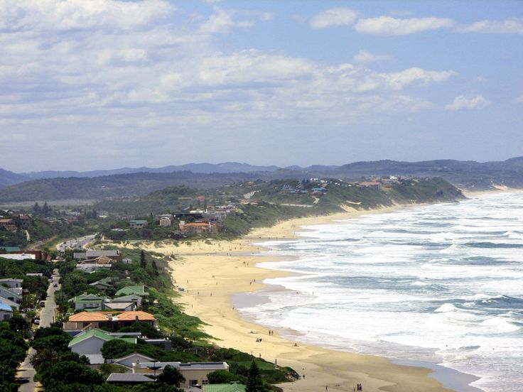 The town of Wilderness encapsulates everything there is to love about the Garden Route – it has a long, white sandy beach and azure ocean; a wonderfully mild climate, lush forests, majestic mountains and a number of lakes, rivers and estuaries.  The Garden Route National Park is beautifully maintained and offers excellent accommodation at a reasonable price.