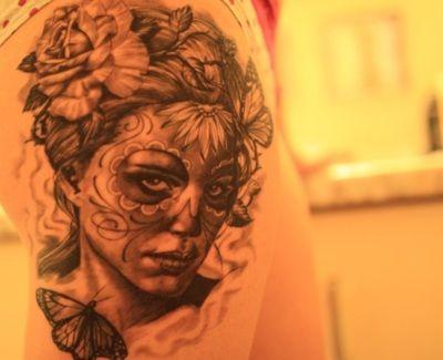 : Tattoo Ideas, Awesome Tattoo, Thighs Tattoo, Calavera Tattoo, Legs Tattoo, Sugar Skull, Tattoo Heart, Candy Skull, Tattoo Ink