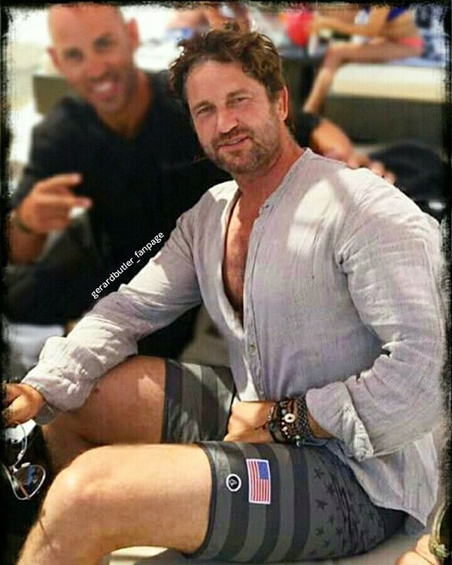 Gerard Butler❤︎ Gerry...i'm sorry but...you are the perfection!! - Mykonos,Grecia 2016
