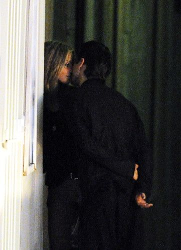 Jared Leto : It looks like he has a girlfriend! I'm so so happy for him! | jalejode