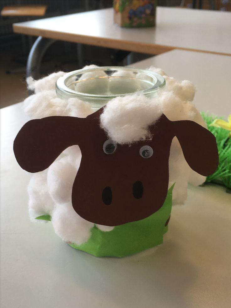 Til fyrfadslys til påske 🐣 Et glas + vat + grønt papir til græs 🤗