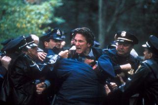 (2003) Mystic River de Clint Eastwood - Pour moi, son meilleur film, sa meilleure interprétation.