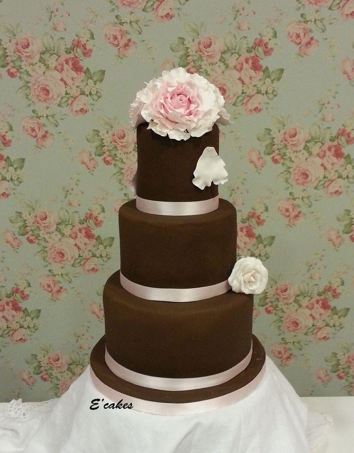 Chocolate and pink — Round Wedding Cakes
