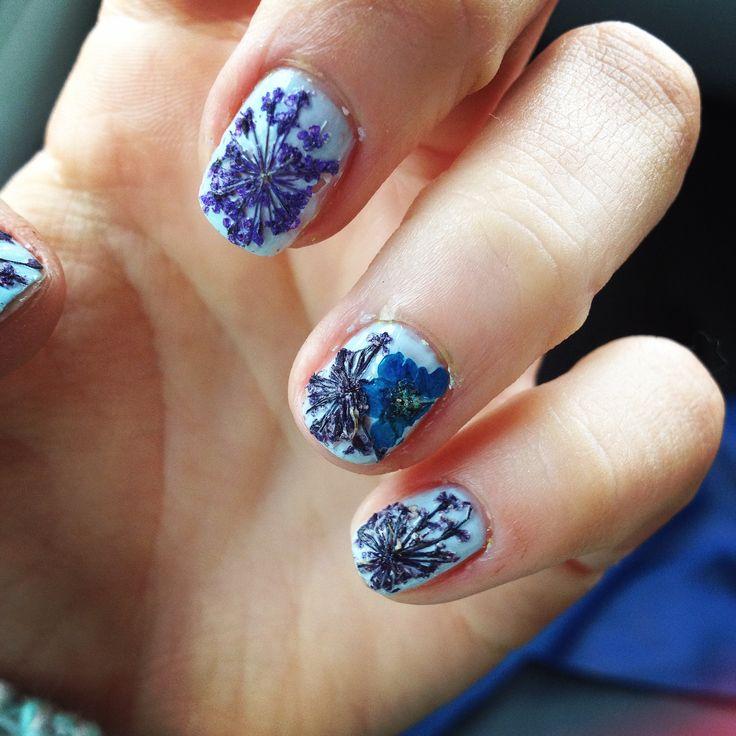 dried flower nail art. blue festive goodness