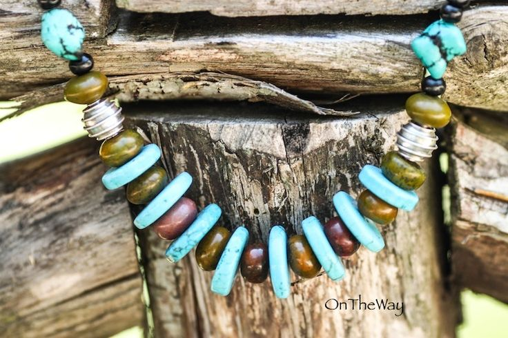 LanguWorld making jewellery. Turquoise with green stone.