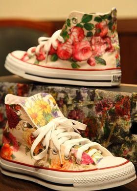 大人も【デコパージュ】でスニーカーをリメイクして自分好みに♡靴 - NAVER まとめ