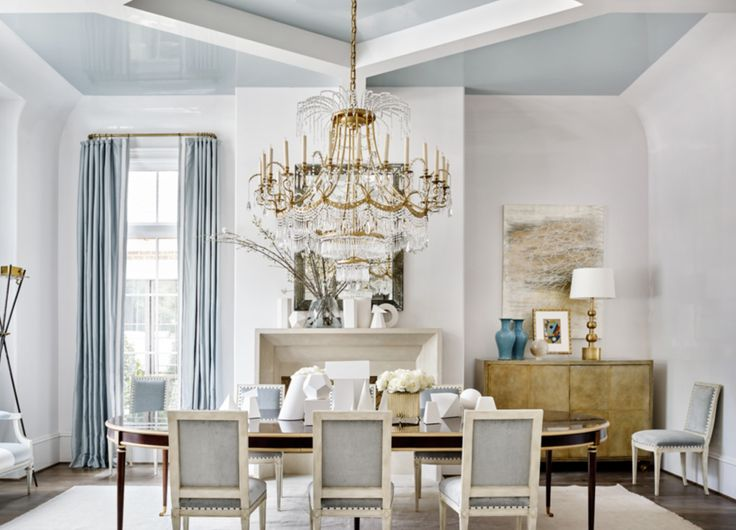 Suzanne Kasler Drenched The Ceiling Of 2016 Atlanta Homes And Lifestyles Southeastern Designer Showhouse In Palest High Gloss Blue