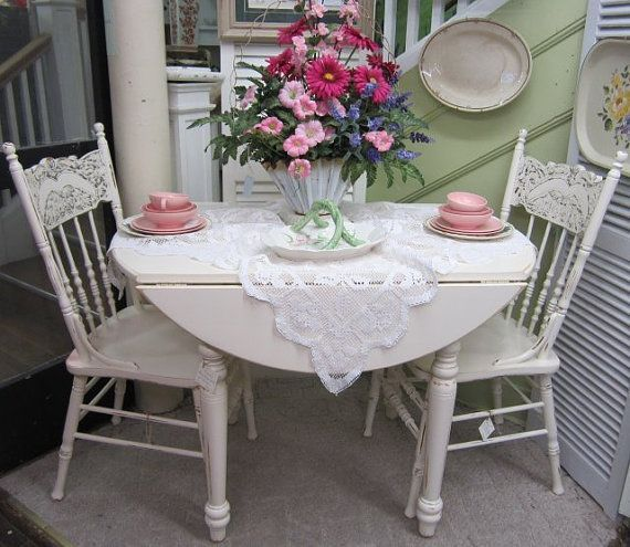 Shabby Chic Kitchen Table Centerpieces: 10 Best Color-rama Images On Pinterest