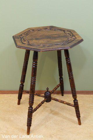 Hollandse tafel uit ca 1920 van beukenhout 25407 bij Van der Lans Antiek op www.lansantiek.com