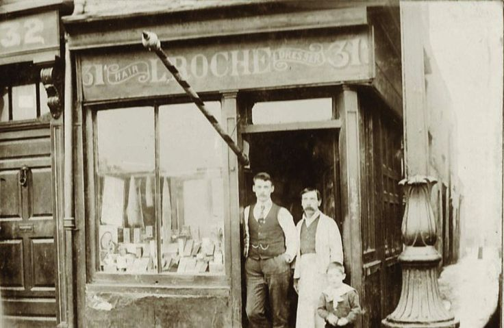 Roche's hairdressers at No. 31 Ormond Quay ca. in 1900.