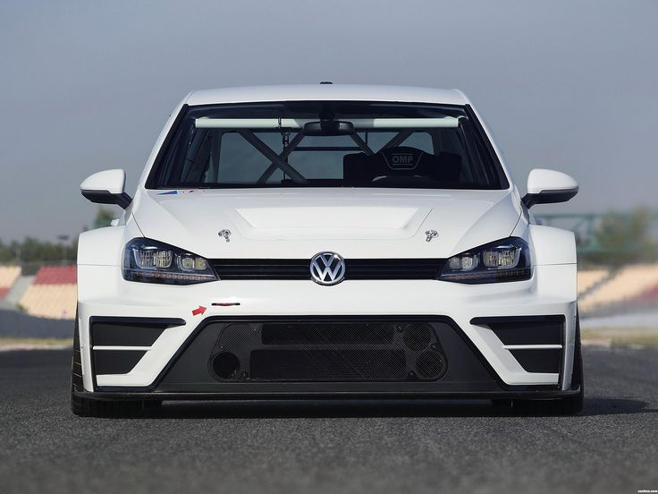 Volkswagen Golf TCR Concept 2015 http://www.cochessegundamano.es/volkswagen/golf/