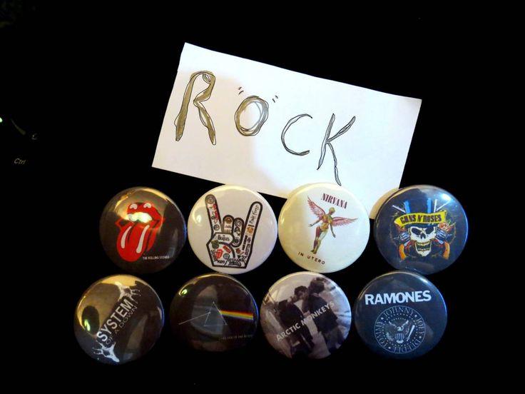 Coleção de Bottons de Rock - 1582981 | enjoei :p                                                                                                                                                     Mais