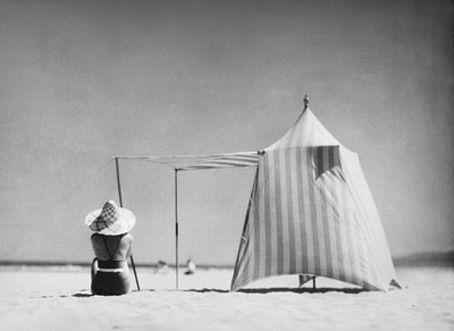 Cocó en Hendaya  Henri Lartigue, 1934