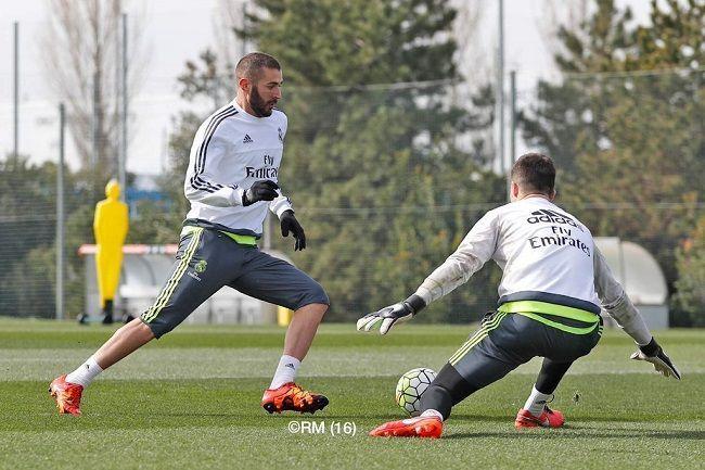Zidane pod wrażeniem formy napastnika Realu Madryt • Trening strzelecki Karima Benzemy • 9 goli na 11 strzałów • Wejdź i zobacz >> #benzema #real #realmadrid #goals #football #soccer #sports #pilkanozna