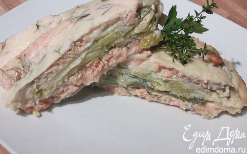 Запеканка из лосося с кабачком и пореем | Кулинарные рецепты от «Едим дома!»