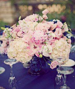 navy blue and blush pinkPink Flower, Pink Wedding Flower, Blushes Wedding, Blushes Pink, Blushes E.L.F., Floral Arrangements, Pink Rose, Blue Flower, Navy Blue