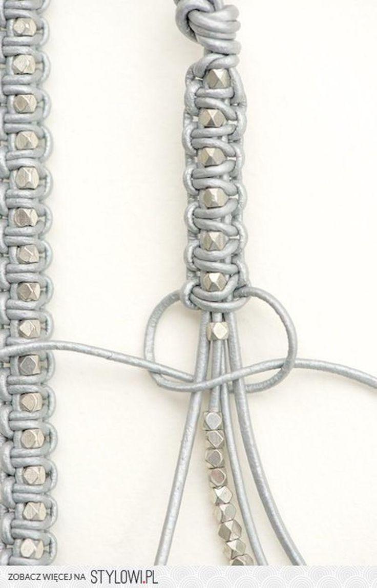 Bekijk de foto van gebeld met als titel armband kraal en macrame en andere inspirerende plaatjes op Welke.nl.