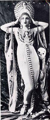 手机壳定制london glasses Carmel Myers who starred as the vamp Iras in the first quot Ben Hur quot film
