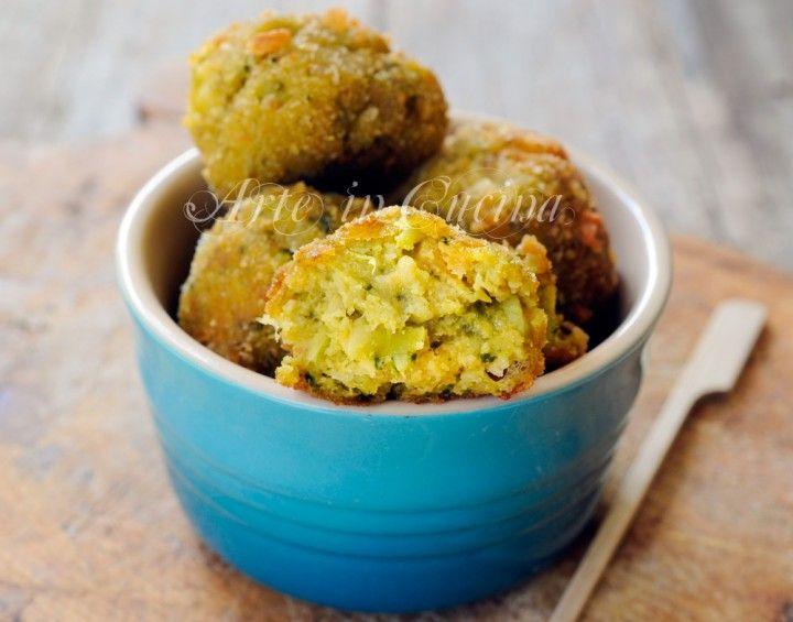 Polpette di broccoli, patate, ricetta facile, sfiziosa, secondo facile, piatto per pranzo, cena, verdure di stagione, ricetta semplice, in padella, contorno saporito