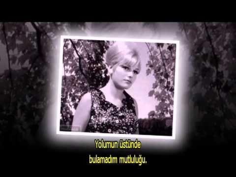 Baksana Talihe Lyrics - Ajda Pekkan - FlashLyrics