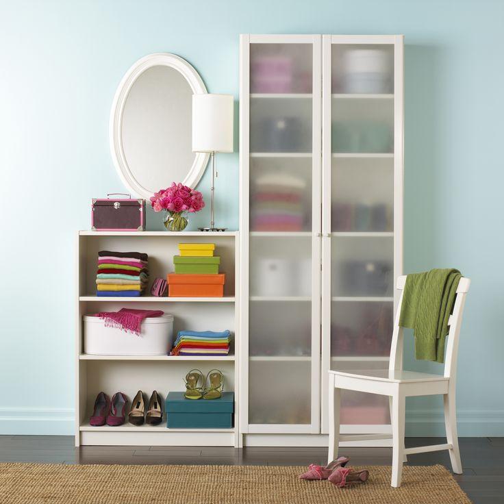 Aufräumen und sich von alten Dingen befreien - Wohnung ausmisten schafft Raum für Neues und tut einfach gut.