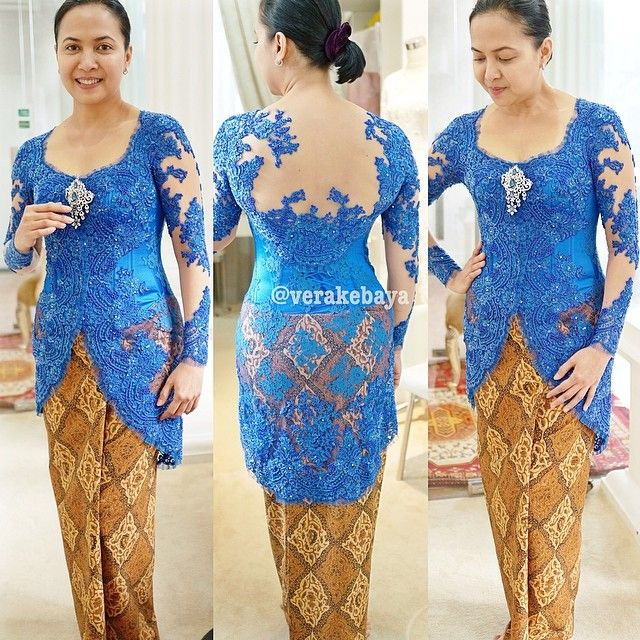Fitting.... #kebaya #partydress #batik #verakebaya  ...thanks @intansoekotjo
