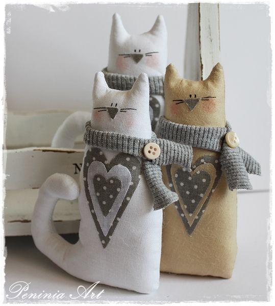 3 cats so cute