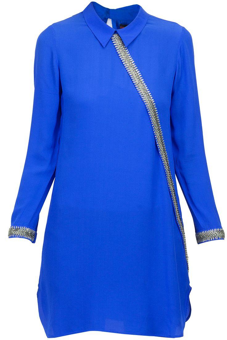 Speed sash tunic BY NAMRATA JOSHIPURA. Shop now at perniaspopupshop.com #perniaspopupshop #clothes #womensfashion #love #indiandesigner #NAMRATAJOSHIPURA #happyshopping #sexy #chic #fabulous #PerniasPopUpShop #quirky #fun