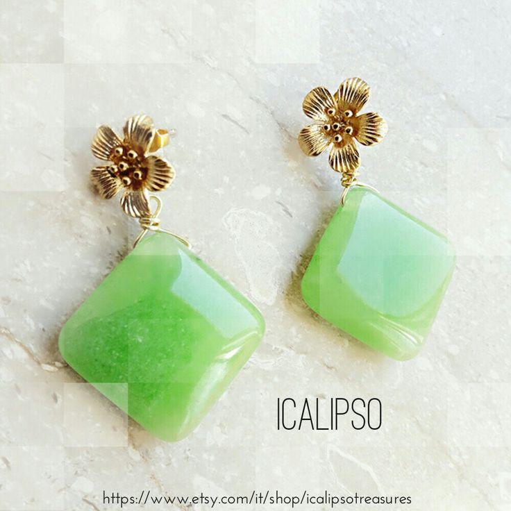 Folwer jewelry for women, womens flower jewelry, flower earrings, gift girlfrend earrings. Now available on etsyshop
