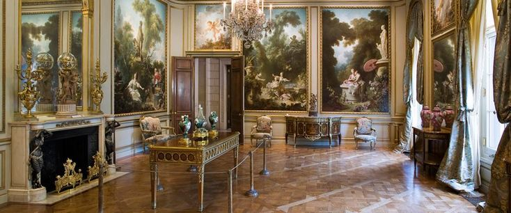 I love giant art museums-- the Louvre, Met, Getty, Vatican, British Museum; you can wander through their halls for days and still not see everything on display. But even more than a giant museum, ...