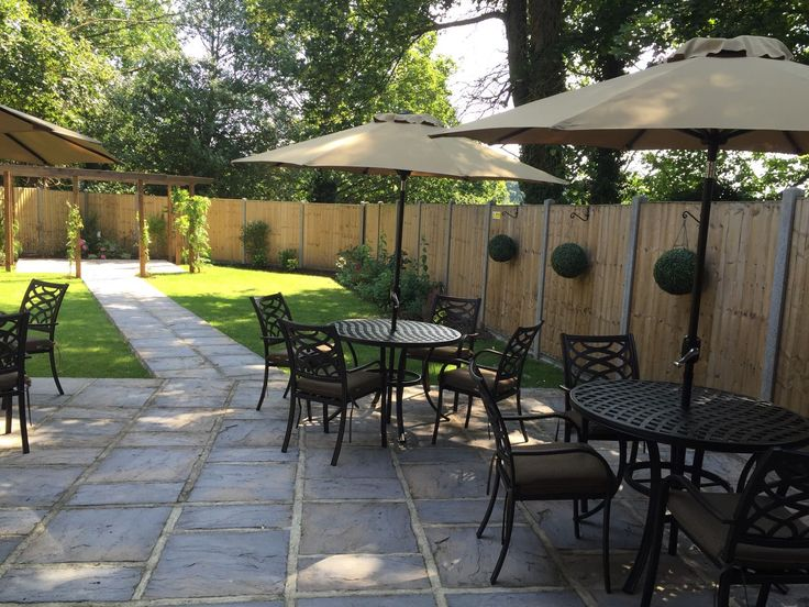 Have Drinks On The Lawn At Cornwallis Suite A Conference Centre Wedding Venue Near