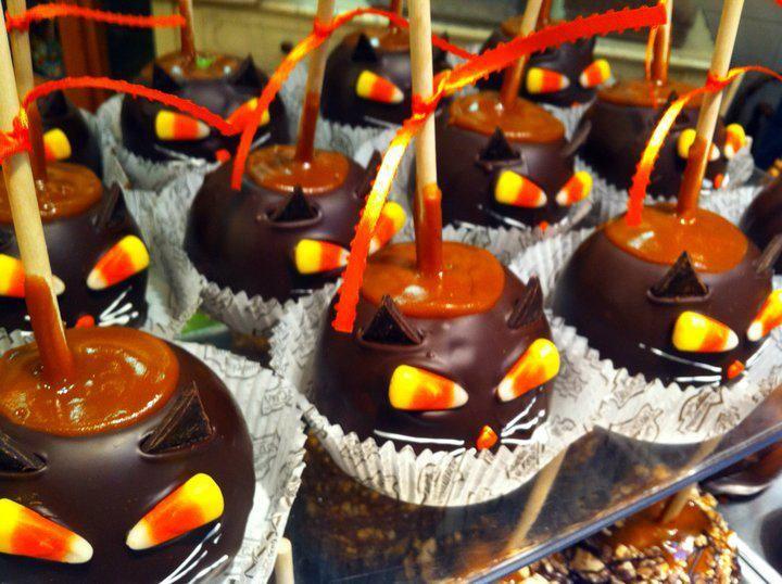 halloween black cat caramel apples - Caramel Apple Ideas Halloween