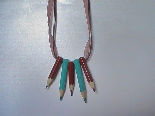 Collar de lápices de colores von Masmillas Recycled  auf DaWanda.com