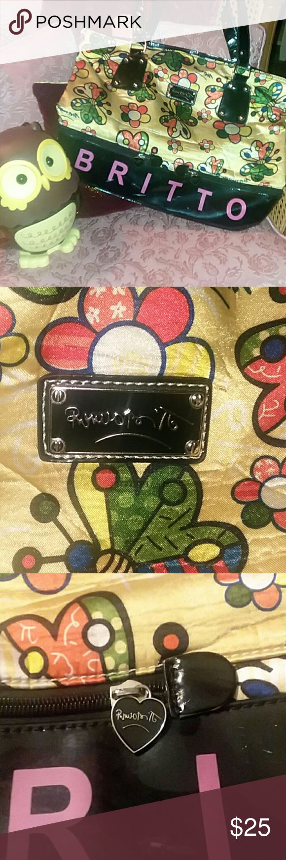 """Ramon Britto Shoulder/Tote Purse This Vintage Multi-Pocket And Made of A Polyester Material Is Quite Versatile and Roomy for All Your """"Woman Stuff""""  Bright Colors to Cheer You Up.  Has Scratches And Flaw Due To Wear ☺. Overall Nice and Still Lots of Woman Use.  USED Ramon Britto Bags Shoulder Bags"""