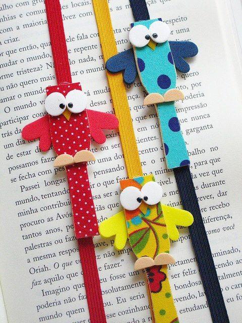 Marcador de Livro Corujinha_fita de gorgurão ou elastico grosso_pazinha de madeira para sorvete