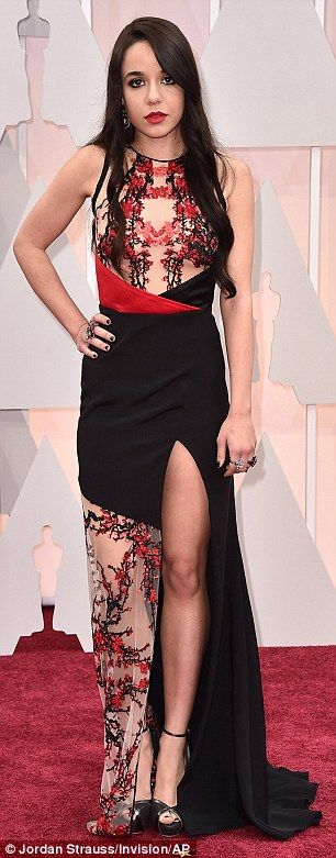 Red carpet risks that DIDN'T pay off: Oscars worst dressed #dailymail