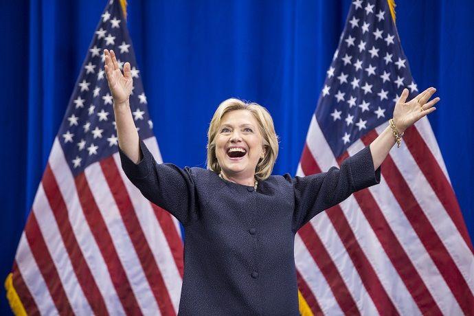 Самые известные цитаты Хиллари Клинтон - http://russiatoday.eu/samye-izvestnye-tsitaty-hillari-klinton/ ELLE — о громких высказываниях влиятельного политика26 октября 68 лет исполняется Хиллари Клинтон — бывшей первой леди, а возможно и будущей первой женщине-президенту Америки. Хиллари изве