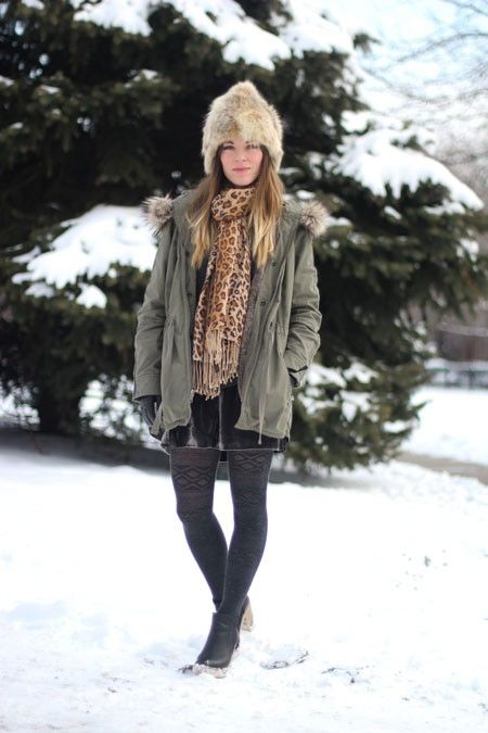 Chicago's Best Winter Street Style In 25 Chic Snaps! #refinery29  http://www.refinery29.com/26456#slide-2  Laura is a style blogger and Conde Nast marketing staffer with serious skills, and she's proving them with creative layers in neutral (not boring!) hues.   Photographed by Amy Creyer ...