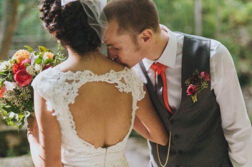 Дешевые Свадебные Платья A_line V_neck Cap Рукавом Замочная Скважина Назад Свадебные Платья Pleat Аппликация Vestido Де Noiva Длинные Дешевые Свадебное Платье