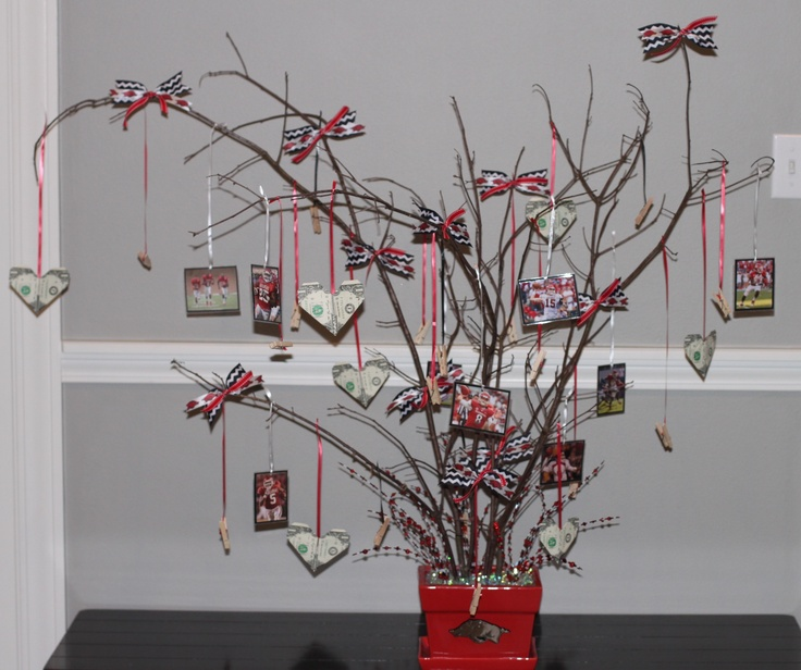 Razorback money tree for retirement party, by Lane McKinley.