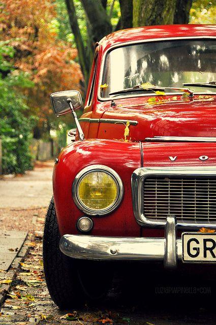 VOLVO love. #red #volvo #luziapimpinella #photography