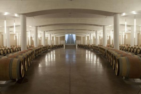 Christian de Portzamparc : Cheval Blanc's Cellar : St-Emilion : France