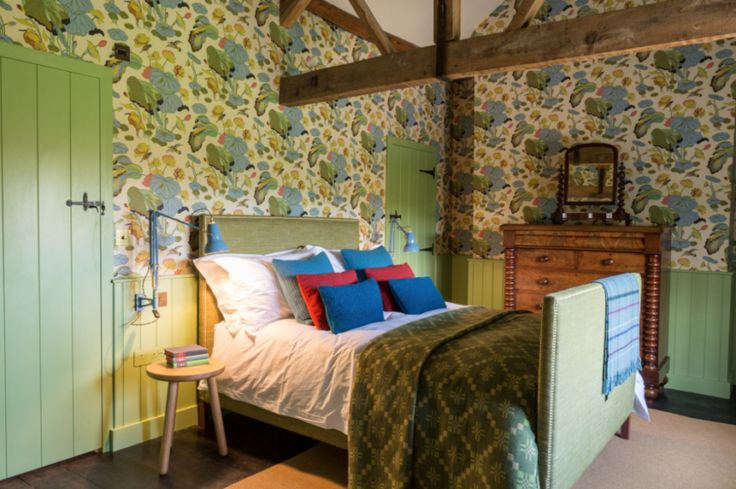 So inviting. Take a tour: holiday amid Great British Crafts - The Chromologist