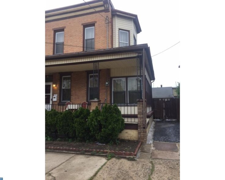 View property details for 511 Chambers Ave, Gloucester City, NJ 08030. 511 Chambers Ave is a Rental property with 3 bedrooms and 1 baths priced at $1,350.